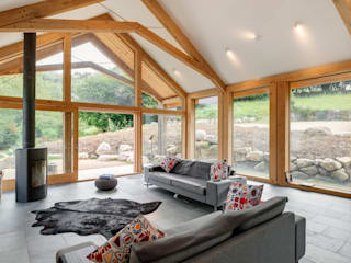 The Milking Parlour Country style living room by van Ellen + Sheryn Country