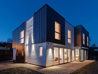 Hidden House, Ashburton Modern houses by van Ellen + Sheryn Modern