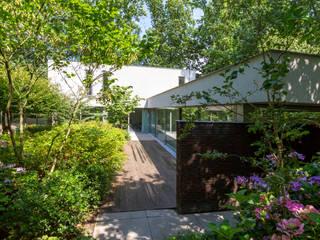 Vrijstaand woonhuis Oisterwijk van Geert van den Oetelaar . Architect Modern