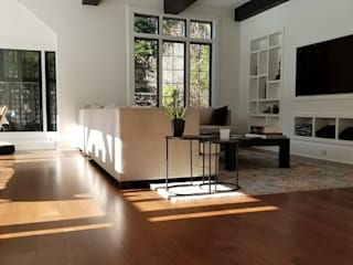 Livings de estilo  por Shine Star Flooring