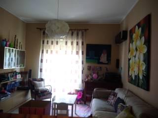 Living room by Studio di Progettazione Arch. Tiziana Franchina, Mediterranean