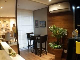 Moderne Esszimmer von E Arquitetura e Interiores Modern