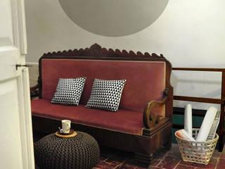 Relooking casa rustica: Ingresso & Corridoio in stile  di Rifò