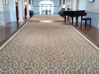 Bars & clubs classiques par Shine Star Flooring Classique