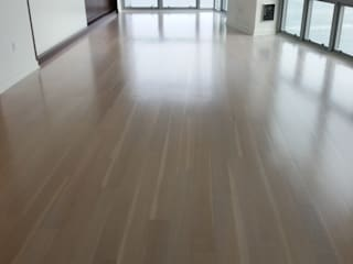 "5"" Engineered White Oak with Duraseal stain Modern Living Room by Shine Star Flooring Modern"
