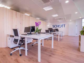 Nuevas Oficinas de SCHOTT Edificios de oficinas de estilo moderno de BCN Feng Shui Moderno