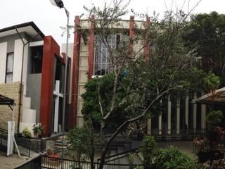 Aula-Kantor-Rumah Tinggal:  Ruang Komersial by PDA Arsitek