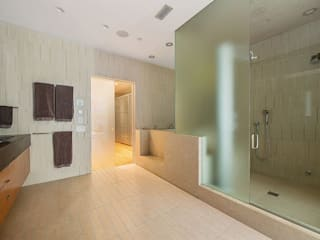 Grande suite parentale contemporaine Salle de bain moderne par Christophe Sarlandie Moderne