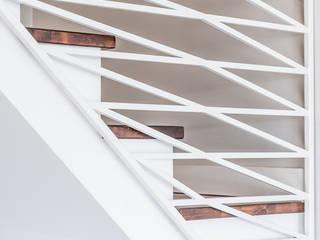 Balustrada X: styl , w kategorii  zaprojektowany przez Marmur Studio