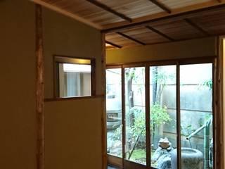八坂の数奇屋(無限の息) 和風の 玄関&廊下&階段 の 一級建築士事務所 (有)BOFアーキテクツ 和風