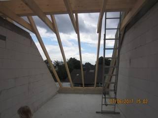 Dachstuhl:  Dach von Kaya Architekten