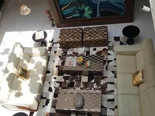 Ruang Keluarga Modern Oleh CARTWHEEL Modern