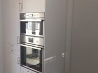 Reabilitação de Moradia - Foz Porto Drevo - Wood Solutions Lda CozinhaArmários e estantes