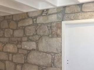 Reabilitação de Moradia - Foz Porto Drevo - Wood Solutions Lda Corredores, halls e escadas rústicos
