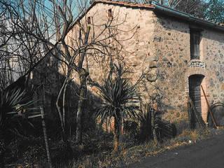 Rumah oleh Arch. Della Santa Giorgio, Country