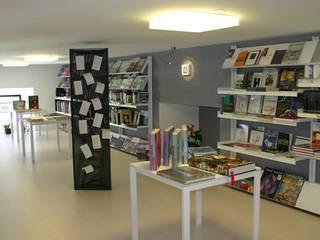 Kantor & toko oleh Arch. Della Santa Giorgio, Modern