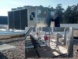 Chiller Ar-Agua e Grupo de Circulação Forcada Agua Quente e Fria:   por EUROLESS ENGENHARIA