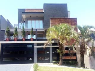 Residencia Thibes: Casas familiares  por Fermatta Arquitetura+Planejamento