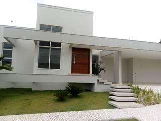 Residencia Lomba: Casas familiares  por Fermatta Arquitetura+Planejamento
