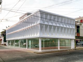 Commercial Spaces by ENVI arquitectos, Modern