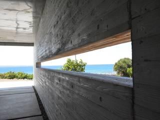 ガレージ: 株式会社クレールアーキラボが手掛けた壁です。,オリジナル