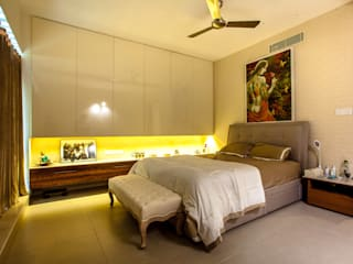 Lissy Modern style bedroom by Design Dna Modern