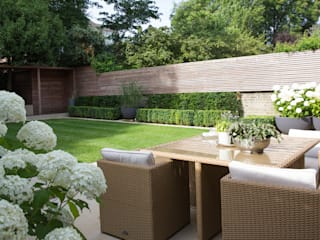 Family Garden In South West London:  Garden by Belderbos Landscapes