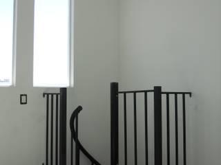Escalera caracol SEVILLA de HELIKA Scale Moderno