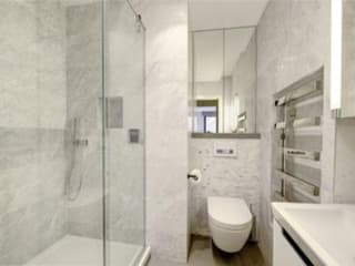 St James' central London Suzanne Tucker Interiors Bagno moderno Marmo Grigio