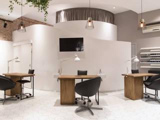 Салон красоты в Москве: Коммерческие помещения в . Автор – Архитектурная студия Чадо