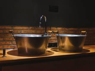Bodegas Valcuerna Gastronomía de estilo industrial de La Proyectual Industrial