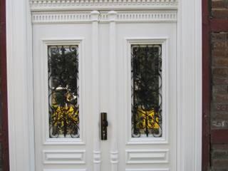Drzwi STARE i NOWE: styl , w kategorii  zaprojektowany przez Stolarstwo Józef Pieruszka