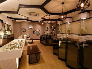 Galerías y espacios comerciales de estilo moderno de Northmos Sdn Bhd Moderno