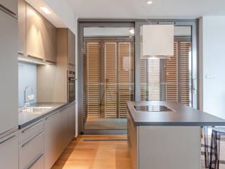 Cocinas modernas de Biendesign Pracownia Wnętrz Moderno