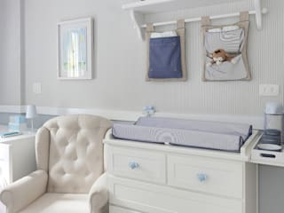 Baby room by Start Arquitetura, Classic