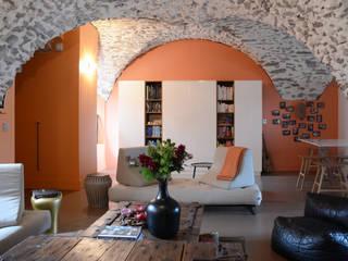 Aménagement de deux plateaux en duplex dans un Château Salon original par Koya Architecture Intérieure Éclectique