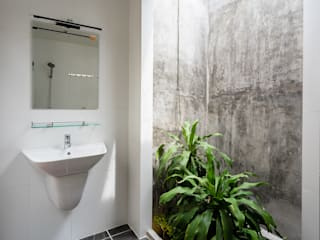 AD+ Asian style bathroom
