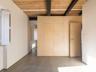 Casa na Trafaria: Quartos  por Manuel Tojal Architects,Minimalista