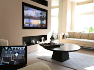 Crestron Installation - South Kensington, London Custom Controls Modern living room