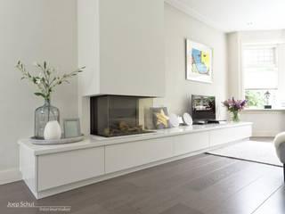 Joep Schut, interieurmaker Multimedia roomFurniture Wood White