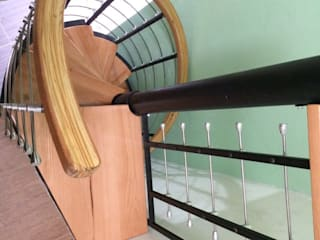 Escalera caracol TORONTO HELIKA Scale Escaleras Hierro/Acero Multicolor