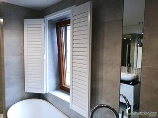 Okiennice wewnętrzne drewniane: styl , w kategorii  zaprojektowany przez OSŁONYDOOKIEN.PL