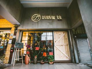 Bar & Klub  oleh 文山之丘設計工作室