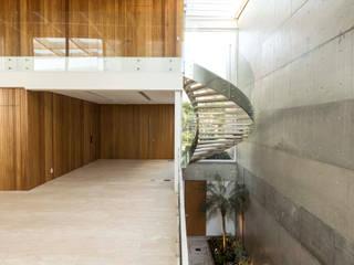 Residência Jardim do Sol por Hype Studio Minimalista