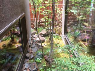 吹田の庭: 株式会社 荒木造園設計が手掛けた庭です。