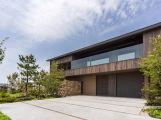 明石の庭: 株式会社 荒木造園設計が手掛けた庭です。