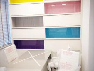 Consultório Odontológico Infantil : Escritórios  por Liliane Sant'Anna - Design de Interiores