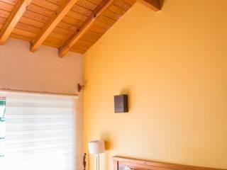 Recamara: Recámaras de estilo mediterraneo por Bojorquez Arquitectos SA de CV