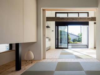 親世帯の寝室 ミニマルデザインの 多目的室 の 石川淳建築設計事務所 ミニマル