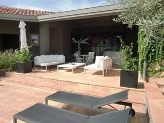 KAEL Createur de jardins Varandas, marquises e terraços mediterrânicos Branco